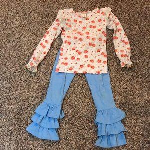 Super cute outfit!